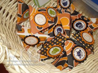 Halloween treat favors